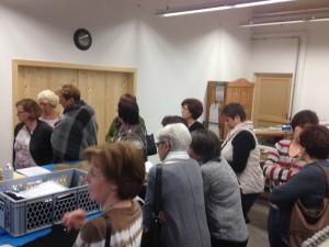 Frauenunion besichtigt die Freund Trachten & Ledermanufaktur in Grafenau